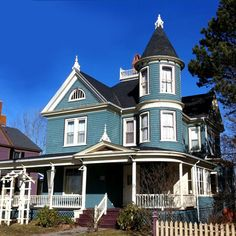 Victorian house that became a refuge for the hero and heroine in a moment of crisis.