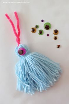 Yarn projects, projects for kids, love monster, easy crafts for kids, c Easy Yarn Crafts, Yarn Crafts For Kids, Craft Activities For Kids, Yarn Monsters, Yarn Dolls, Cheap Christmas Gifts, Yarn Projects, Craft Work, Flower Crafts