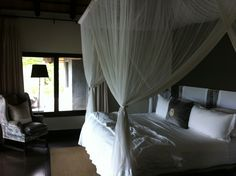 Suite at Londolozi - Kruger Park - South Africa    http://imoveismlara.wordpress.com/ http://www.marcelolara.com.br