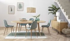 Discover a large selection of unique furniture and decor at Maisons du Monde. Hallway Furniture, Small Furniture, Affordable Furniture, Dining Room Furniture, Living Room Chairs, Dining Furniture, Scandinavian Chairs, Sun Lounger Cushions, Upholstered Dining Chairs
