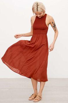 Kimchi Blue Joclyn Smocked Bodice Midi Dress - Urban Outfitters