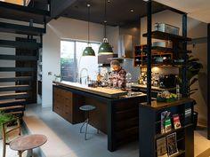 第4回「リネアタラーラ オーダーキッチングランプリSHOW 2016」受賞作が決定いたしました。 Kitchen Rules, Kitchen Corner, Kitchen Dining, Loft Design, House Design, Casas Containers, Cuisines Design, Interior Design Inspiration, Home Kitchens