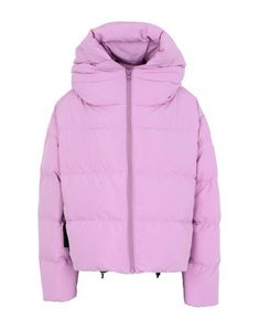Quilted Techno fabric Logo Basic solid color Single-breasted Zip Hooded collar Multipockets Long sleeves Duck down filling Contains non-textile parts of animal origin Textiles, Duck Down, World Of Fashion, Mantel, Bacon, Winter Jackets, Long Sleeve, Fabric, Sleeves