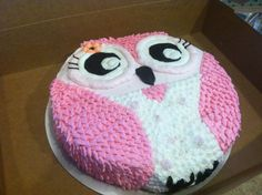 Owl Cake for a baby shower. Made from a round cake pan