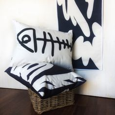 """Ambiance """"By the sea"""". for a nautical touch in your summer home, cottage by the water or in your home to feel on vacation! Find pillows, runners and tea towels @ AniZetDesigns! Go Navy, Navy And White, Accent Pillows, Bed Pillows, Cozy Cottage, Softies, Tea Towels, Fabric Design, Runners"""