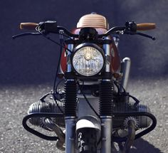 Custom BMW R100RT by Cafe Racer Dreams (via Moto Rivista)