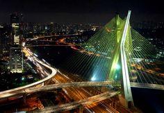 Elije un hotel en Sao Paulo y conoce el Puente de Octavio Frias de Oliveira