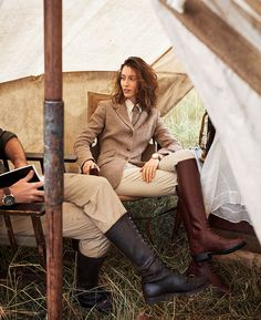 out of africa harper bazaar us Safari Outfits, English Riding, Out Of Africa, Meryl Streep, Advanced Style, Africa Fashion, African Safari, Lookbook, Editorial Fashion