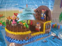 Jake and Neverland Pirates- ship  I like the way this one is frosted- let's see if I actually get this ambitious for my son's birthday party!