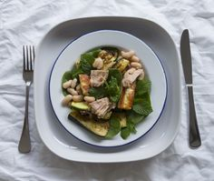 7 Days of Dinners - Weekly Meal Planner Monday: Haloumi, Tuna and Bean Salad #theurbannest #thrive-magazine.co.uk