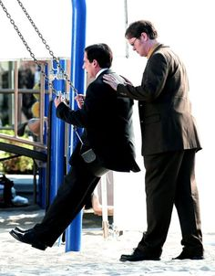 Michael and Dwight (The Office) true frens Cinema Tv, I Love Cinema, Office Memes, Office Quotes, Best Tv Shows, Best Shows Ever, The Office Show, Swing, Dunder Mifflin