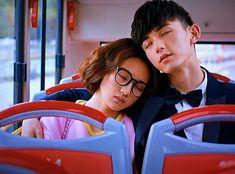 Situ Feng and Chen Qingqing asleep after running away Love 020, Accidental Love, Korean Drama Romance, Korean Tv Shows, K Drama, Chines Drama, Drama Memes, Best Dramas, Korean Couple