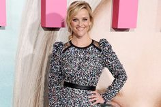 There's no denying Reese Witherspoon has an eye for a good book. In 2011 — before the novel was even published — the Oscar-winning actress got her hands on the manuscript of Gillian Flynn&#82…