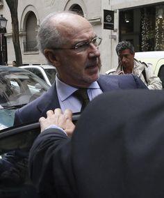 El juez admite el informe de los catedráticos que avalan la gestión de Rato en Bankia. Noticias de España. El 15MPaRato critica que el sistema judicial debería replantearse el modelo pues hay peritos que están dispuestos a justificar cualquier cosa que hagan la banca y los banqueros