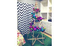 GALLERY – The Jubiltree Company, LLC   ~~ I love these 'trees', and this decor is fabulous!