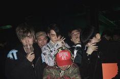 Hiphop, Kwon Hyuk, Boys With Curly Hair, Hip Hop And R&b, Korean Aesthetic, Dream Boy, Poses, Korean Men, Asian Boys