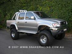 """2005 Toyota Hilux 4"""" Lift Kit"""