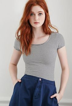 Discover tons of gorgeous redhead on Bonjour-la-Rousse Beautiful Red Hair, Gorgeous Redhead, Beautiful People, Red Hair Woman, Forever 21, Shop Forever, Girls With Red Hair, Hair Girls, Ginger Girls