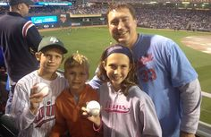 MINNEAPOLIS — Question: What's the only thing cooler than being the dad who surprises his kids with last-minute tickets to the Home Run Derby?Answer: Being the dad who catches two home run balls once he gets there.Yes, Adam Koering was living the dream at Target Field with his three children on Monday night.  After buying four tickets in Section 229 from a friend, the Eden Prairie, Minn., resident caught two homers in the first round. The first came off the bat of Brian Dozier of the ...