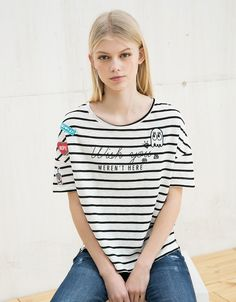 BSK striped patches and pins top - Printed - Bershka United Kingdom