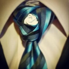 Cape Tie Knot | Agape #necktie knot with origami rose in the middle by @asianfish26