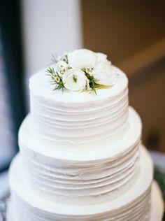 Photography: Matoli Keely Photography - matolikeelyphotography.com   Read More on SMP: http://www.stylemepretty.com/2015/09/22/romantic-and-classic-washington-dc-four-seasons-wedding/