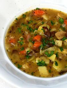 Bramboračka s houbami, ta nejlepší » MlsnáVařečka.cz Thai Red Curry, Soup Recipes, Ethnic Recipes, Cooking Ideas, Soap Recipes