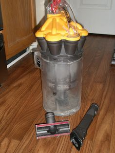 Elementary Organization: spring cleaning {part one}. Diy Cleaning Products, Cleaning Solutions, Cleaning Hacks, Clean Dyson Vacuum, Unclog Bathtub Drain, Cleaning Carpet Stains, Cleaning Window Tracks, Tarnish Remover, Cleaning Wood