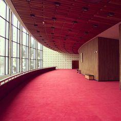 #ShareIG #Carpetes da #BeaulieudoBrasil no @teatroguaira  #soluçõesinteligentes #piso #design #interiores #arquitetura #Arqdesign
