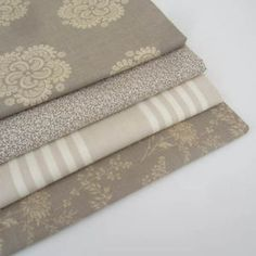 Moda-French-General-Rouenneries-Vintage-Style-Fabric-Fat-Quarter-Bundle-x-4