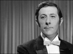 Jean-Rochefort est apparu pour la première fois au cinéma dans...