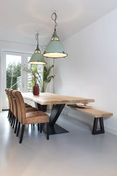 Slab Table, Dining Room Table, Dining Bench, Live Edge Tisch, Live Edge Table, Bathroom Design Luxury, Sweet Home, New Homes, Interior