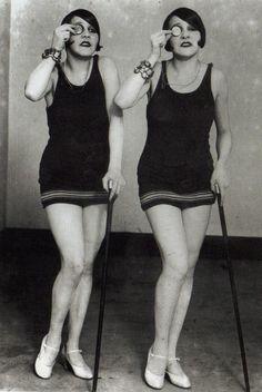 Monocle Monday 1922 | Hotel de Ville: A Vintage Eyewear Blog