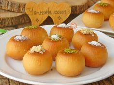 It is very easy to make, a delicious dessert recipe with light syrup and few ingredients . It is very easy to make, a delicious dessert recipe with light syrup and few ingredients . Köstliche Desserts, Delicious Desserts, Dessert Recipes, Iftar, Turkish Recipes, Ethnic Recipes, Few Ingredients, Easy Cake Recipes, Deserts