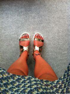 #gold, #shoes, #white, #nails, #fashion,