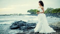 FLETCH PHOTOGRAPHY {CREATING BUZZ} Hawaii photographer, Husband and Wife Team, Big Island Wedding Photographers serving Hawaii, The Big Island, Kauaii, Maui, Oahu and also available for international travel