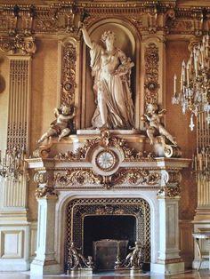 a little peek of the Quai D'orsay. the clock room