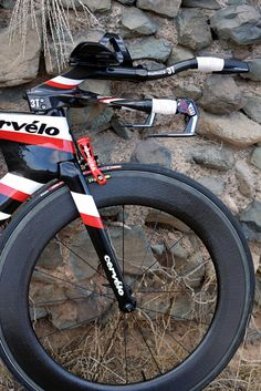 The UCI legal version of the P5 doesn't have a cover over the front brake  © Tom Ballard