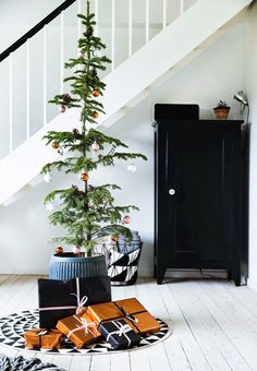 Danish Apartment with a simple and minimalist Christmas décor - NordicDesign