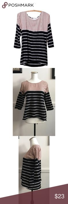 "Anthropologie Postmark Sz XS/S Split Stripes Top Anthropologie Postmark Sz XS/S Split Stripes Top🔸size extra small but will fit a small🔸Features dot print on top and stripes on bottom🔸 Unique multi pattern and color🔸3/4 sleeves and comfortable T-shirt material🔸8"" pit to pit and 24"" length🔸Pre owned EUC no rips/stains or holes! Anthropologie Tops Blouses"