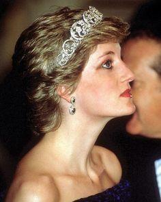 Instagram media by princess.diana.forever - 11 February 1987  Diana 8505145e7e