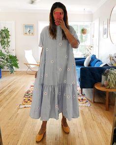 Modest Dresses, Casual Dresses, Summer Dresses, Tennis Fashion, Embroidery Fashion, Basic Outfits, Chic Dress, Minimal Fashion, Colorful Fashion