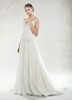 c0d3e67c3be1 Atelier di abiti da sposa  ricamati e fatti a mano Sposa Boho