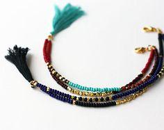 Amitié coloré trois perles en or Bracelet avec pompon