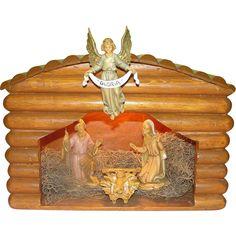 Log Stable Nativity Set - b