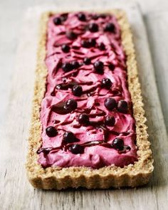 Blackcurrant,-lime-and-coconut-cheesecake