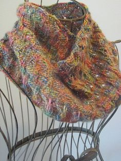 Balls to the Walls Knits: Eiffel Tower Eyelet Cowl