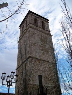 Torre de la Iglesa de San Martin- Ocaña by Caballita de Mar, via Flickr