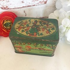 Rare Antique Dutch Cocoa Tin Litho Box Vintage advertising De Gruyter's Decorative cocoa bean plantation Can Canister Amsterdam Holland by WonderCabinetArts