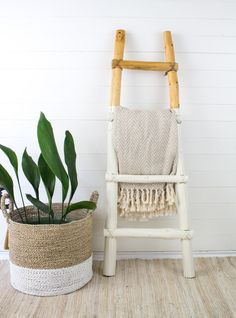 Handmade Rustic Blanket Ladder - Dipped Southwestern Minimalist Modern Ladder Blanket Ladder Quit Storage Southwest Decor Minimalist Decor by TheDriftwoodHome on Etsy Rustic Blanket Ladder, Rustic Blankets, Wood Ladder, Ladder Decor, Beach House Decor, Diy Home Decor, Bamboo Ladders, Teen Bedroom Designs, Southwest Decor